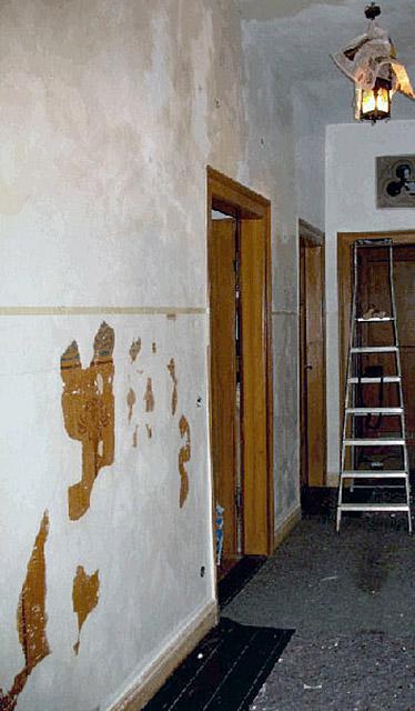 Restaurierung Sockelmalerei