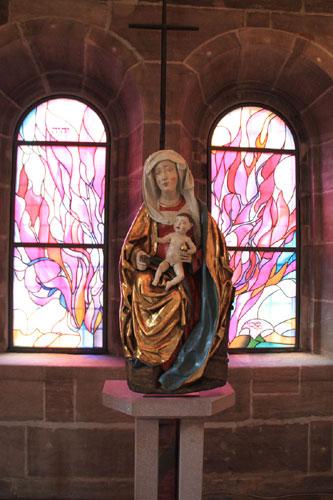 Restaurierung von Marienfiguren